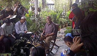 Bapa Mohd Saiful Bukhari, Azlan Mohd Lazim kena liwat